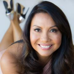 Ep 141: Surgeon Turned Shoe Designer Dr. Taryn Rose - BizChix.com
